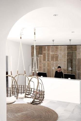 San-Giorgio-Hotel-in-Mykonos-18-683x1024