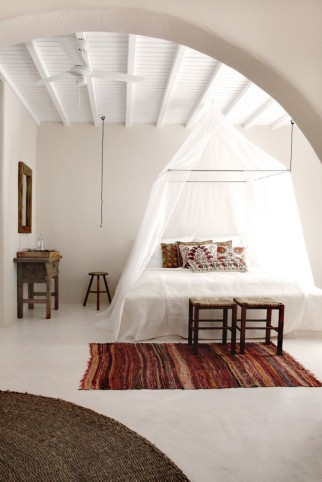 San-Giorgio-Hotel-in-Mykonos-24-683x1024