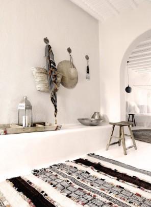 San-Giorgio-Hotel-in-Mykonos-28-749x1024