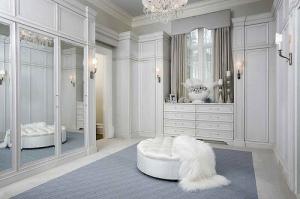 feminine_white_large_closet
