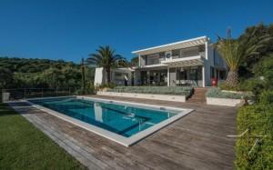 Villa-Olive-in-Saint-Tropez-01